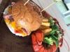 alaçatıda satılan 240 tl lik hamburger