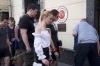 ruslar ın moskova türk elçiliğine çiçek bırakması