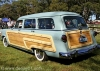 yanları odunla kaplanmış eski amerikan arabaları
