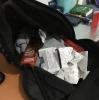 erkeklerin sırt çantalarında taşıdıkları nesneler