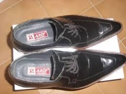 sözlük erkeklerinin ayakkabıları