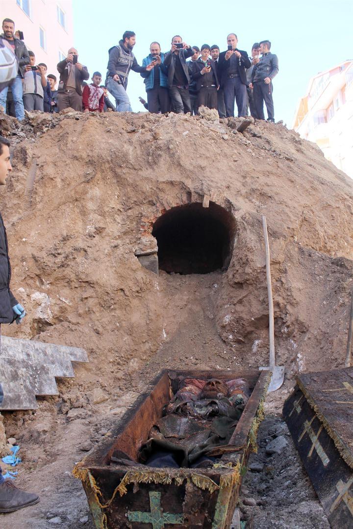 Картинки по запросу Ardahan'da Mezarı Bulunan General