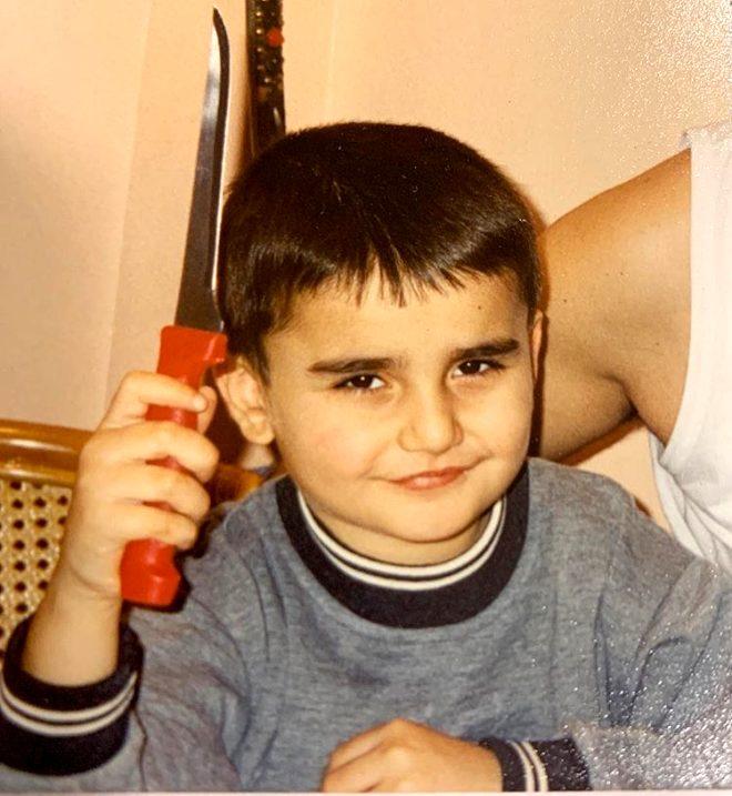 czn burak ın çocukluk fotoğrafı