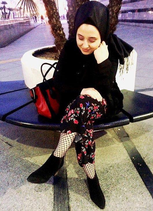 türbanlı kızların file çorap giymesi