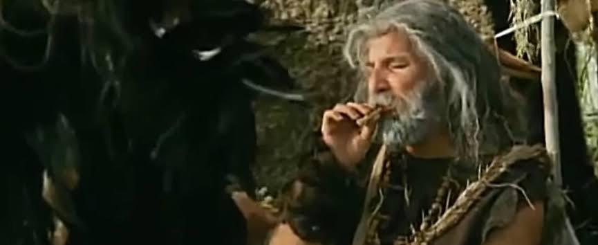 sigarayı bulan insan
