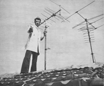 çatıya çıkıp televizyon antenini çevirmek