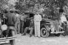 1930 lu yıllarda jilet gibi bir istanbul taksicisi