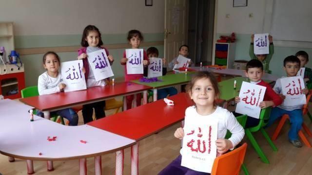 anaokulu çocuklarına arapça öğretmek