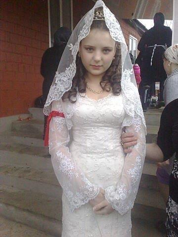 8 yaşındaki kız çocuğunun gerdek gecesi ölmesi