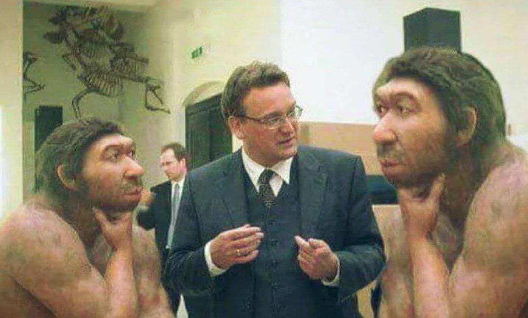 kürtlerin zencilerden daha çok maymuna benzemesi