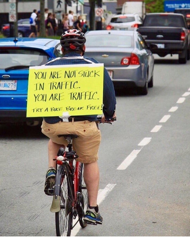trafikte sıkışmadın trafik sensin