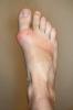 ayaklarım güzel mi diyen kadın
