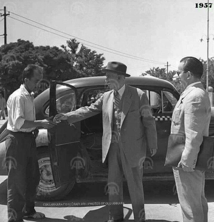 1954 te devletin itibarını yerle bir eden görüntü