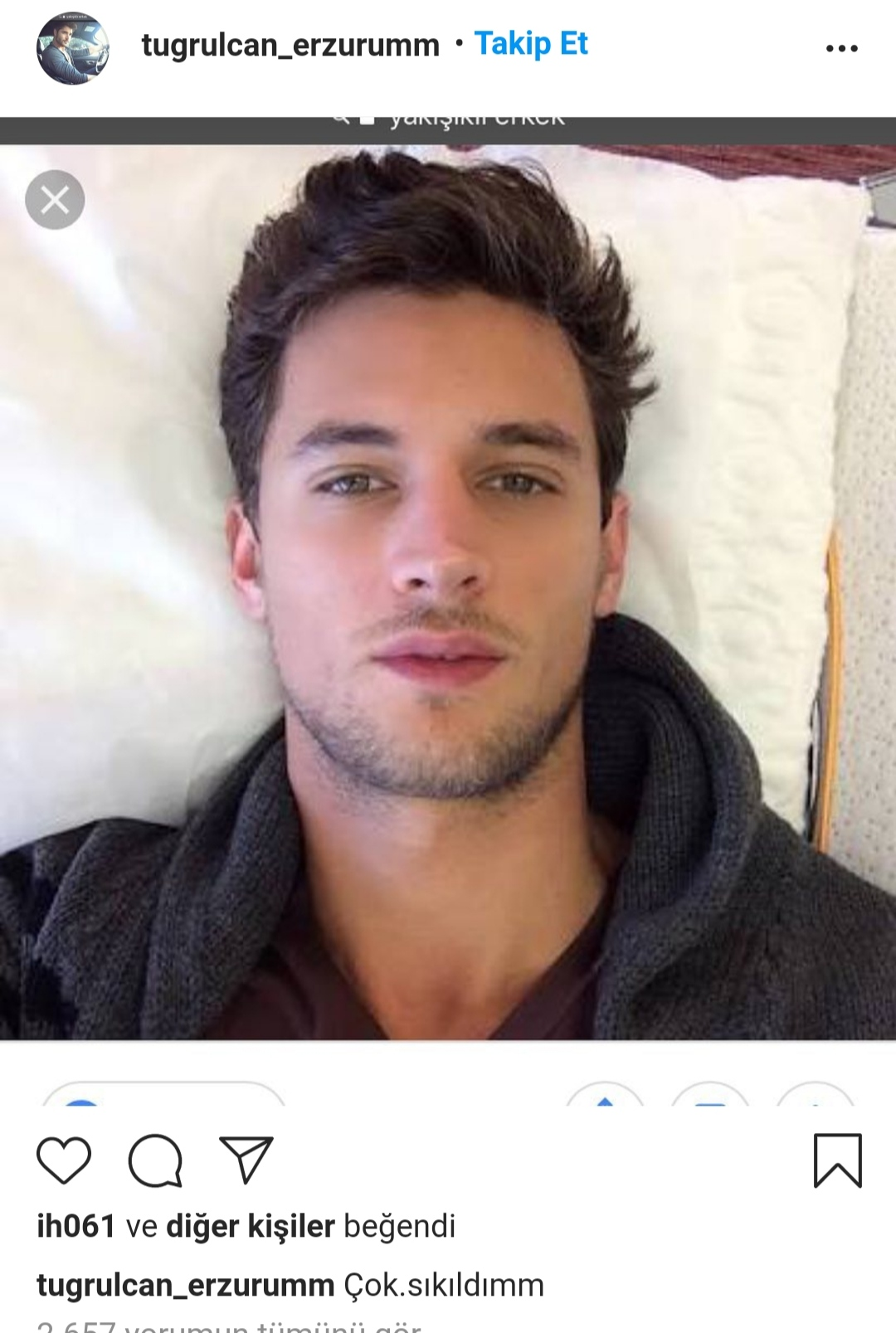 instagram dan yürüyen yakışıklı erkek