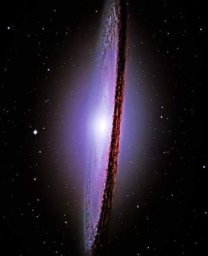 sombrero galaksisi