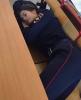 sandalye üzerinde şekerleme yapan rus kadın polis