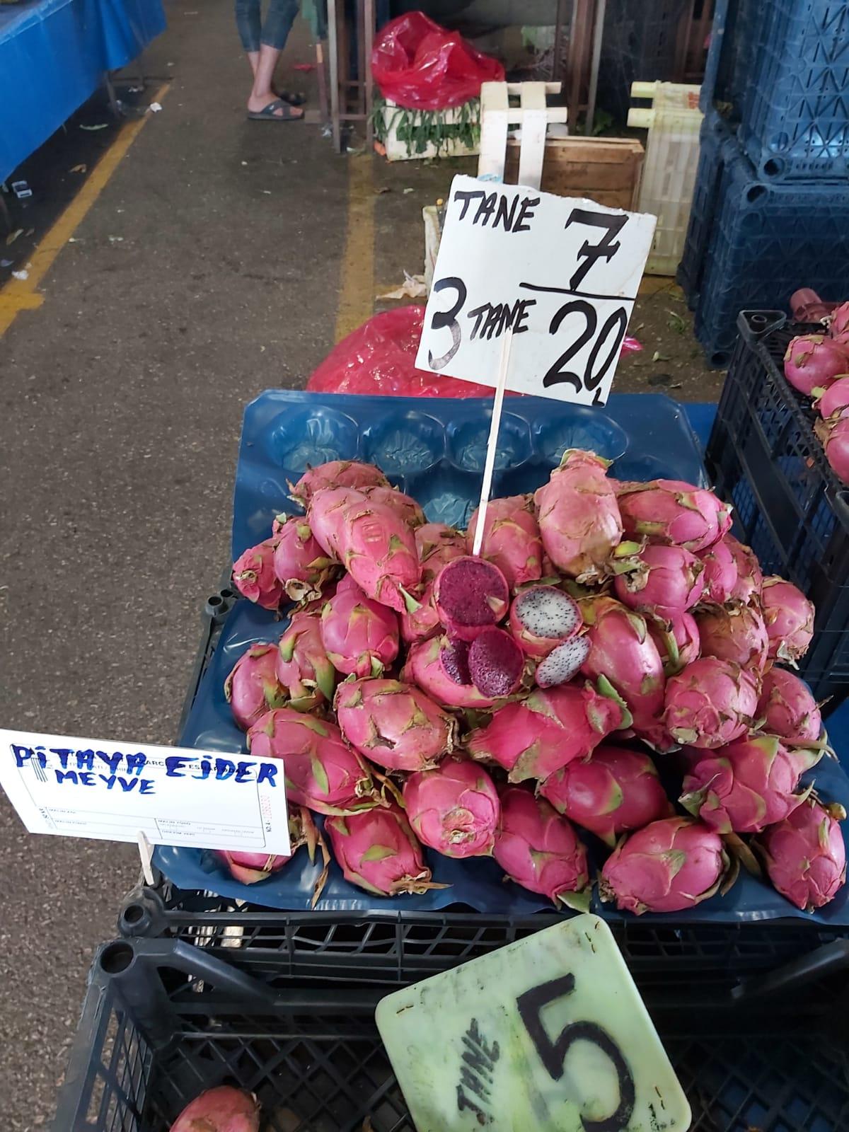 ejder meyvesinin pazara düşmesi