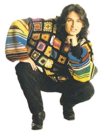 çelik in ateşteyim klibinde giydiği kazak