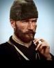 sakallı bir tipin atatürkçüyüm diye gezinmesi