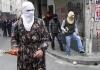 kürt erkeği dururken türk erkeği ile evlenen kız