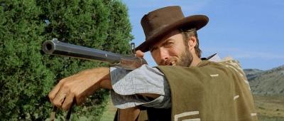 silah kullanan erkek karizması
